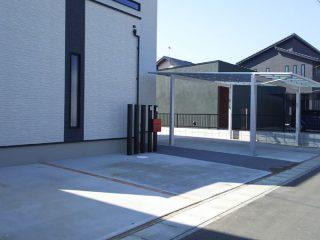 駐車場とアプローチを一体化/鹿嶋市外構